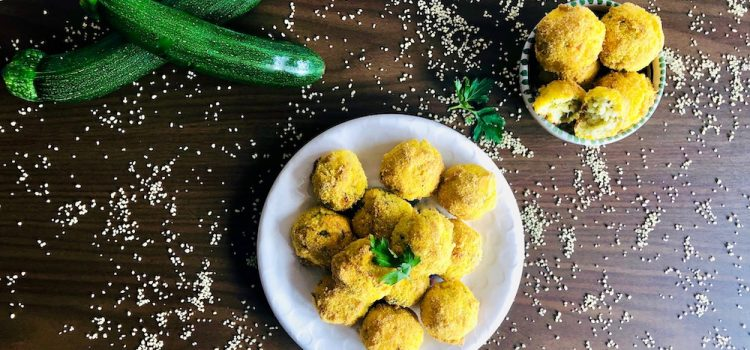 Baked zucchini and couscous balls